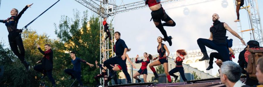 Астраханский Театр танца вновь представит  шоу-программу «Танцующие жизнь»
